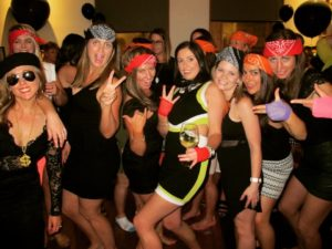 Hens Night Party Tour Nightcruiser Party Bus Tour -Canberra