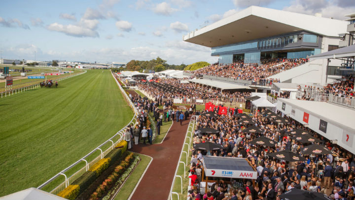 Eagle Farm Races Transport with Nightcruiser Party Bus - Brisbane