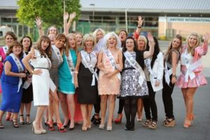 Hens Party Day our with Nightcruiser Party Bus Tour - Perth